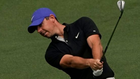 The Masters: Rory McIlroy hits his own father with a stubborn shot on the seventh    Golf news