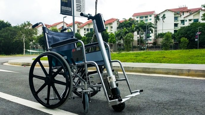 wheel chair motor adams resin adirondack chairs this singaporean device can power up any ol wheelchair with its anyone has ever had to spend a day in attest how painstakingly difficult it is get around especially on an uphill slope