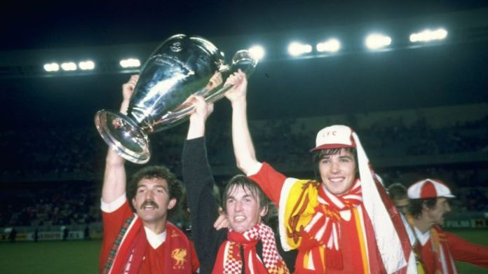 Graeme Souness (L), Kenny Dalglish (C) and Alan Hansen (R) hold up the European Cup after beating Real Madrid in the 1981 European Cup final.  Stars recognised in Queen's birthday honours list Stars recognised in Queen's birthday honours list graeme souness kenny dalglish alan hansen liverpool 3794651
