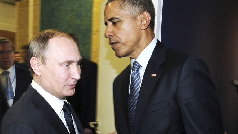 DATE IMPORTED:30 November, 2015Russian President Vladimir Putin (L) shakes hands with U.S. President Barack Obama as they meet during the World Climate Change Conference 2015 (COP21) at Le Bourget, near Paris, France, November 30, 2015. REUTERS/Mikhail Klimentyev/Sputnik/Kremlin ATTENTION EDITORS - THIS IMAGE HAS BEEN SUPPLIED BY A THIRD PARTY. IT IS DISTRIBUTED, EXACTLY AS RECEIVED BY REUTERS, AS A SERVICE TO CLIENTS. TPX IMAGES OF THE DAY
