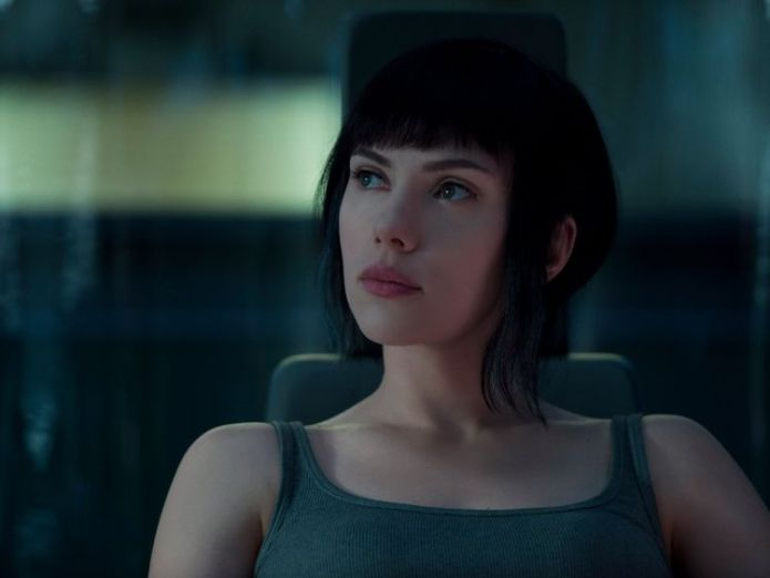 Johansson as Major Kusanagi  Scarlett Johansson faces backlash over transgender role 046b103435535e18de14e47a2019219a34327d190ff5f7adb98f49c702670475 3922851