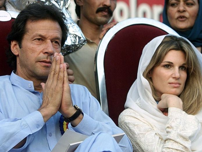 Jemima with Imran Khan who was Mahhmood's sporting hero Cricketer turned politician marries Bushra Maneka Cricketer turned politician marries Bushra Maneka skynews jemima khan imran khan 4113529