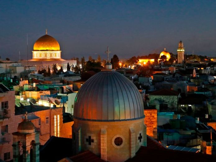 A general view of the skyline of the old city of Jerusalem Middle East peace unlikely if Donald Trump takes sides Middle East peace unlikely if Donald Trump takes sides skynews jerusalem dome of the rock 4175032