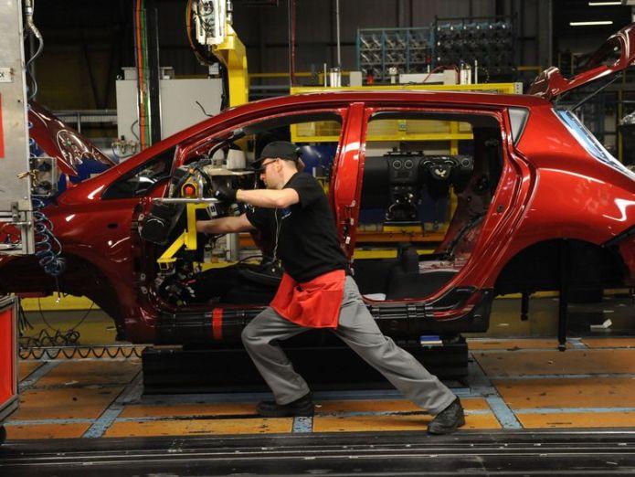 UK car industry uk consumer confidence continues to struggle UK consumer confidence continues to struggle skynews car manufacturing uk car industry 4225336