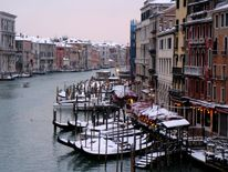 Snow covered gondola's on Canal Grande in Venice lagoon Ireland on red alert as 'extraordinary' storm approaches Ireland on red alert as 'extraordinary' storm approaches skynews europe snow venice 4243777
