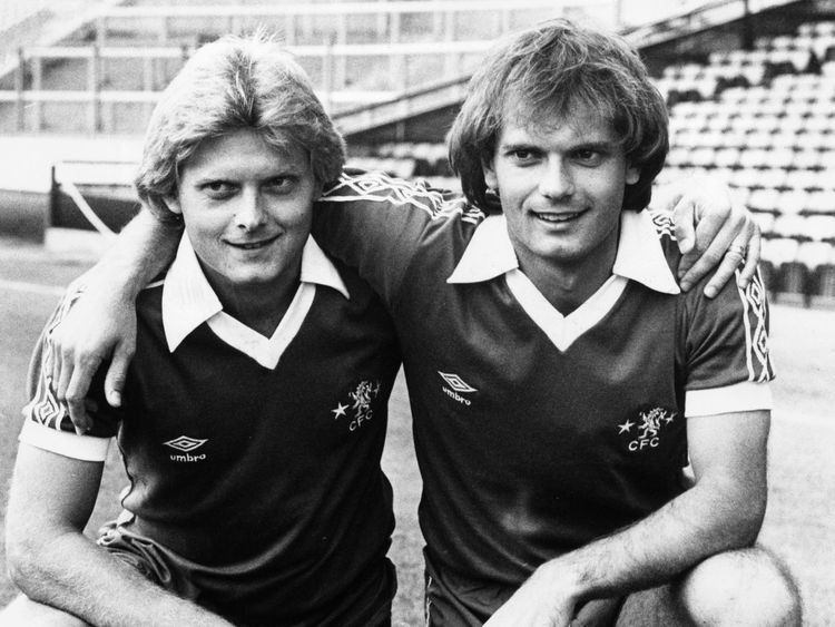 Wilkins with his brother, Graham, who also played for Chelsea, as did their brother, Steve