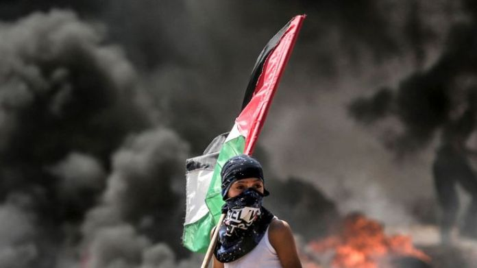 Palestinians were killed on the Gaza border on Monday as they protested against the opening of the US embassy What is Nakba Day? What is Nakba Day? skynews gaza israel 4310515