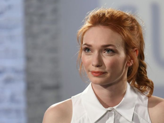 Eleanor Tomlinson has called for her pay to match that of her Poldark co-star Aidan Turner Poldark actress Eleanor Tomlinson 'pretty upset' to be paid less than co-star Aidan Turner Poldark actress Eleanor Tomlinson 'pretty upset' to be paid less than co-star Aidan Turner skynews eleanor tomlinson poldark 4318657