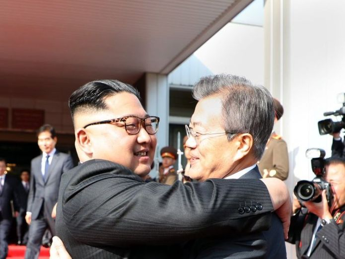 Kim Jong Un and Moon Jae-in embraced at the surprise summit. @TheBlueHouseKR South Koreans hold little hope of success South Koreans hold little hope of success skynews north korea south korea 4320791