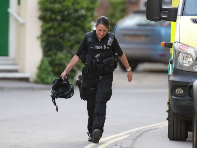Police presence near Paradise Square where armed police are locked in a stand-off with a gunman after a shootout in Oxford city centre. PRESS ASSOCIATION Photo. Picture date: Monday May 7, 2018. A siege is under way as officers try to negotiate with the armed man. Norfolk Road is in lockdown after shots were fired from a residential property in Paradise Square before armed response officers returned fire. See PA story POLICE Oxford. Photo credit should read: Steve Parsons/PA Wire