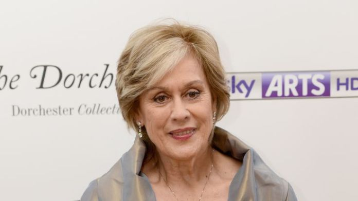 Opera singer Dame Kiri Te Kanawa is made a Companion Of Honour Stars recognised in Queen's birthday honours list Stars recognised in Queen's birthday honours list skynews dame kiri te kanawa 4330341