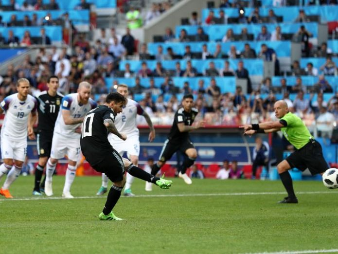 Lionel Messi fails to convert from the spot against Iceland 99.6% of Iceland's TV viewers watched Argentina draw 99.6% of Iceland's TV viewers watched Argentina draw lionel messi argentina world cup 4337817