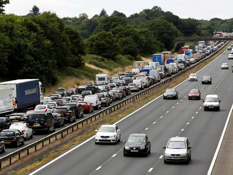 The incident caused 11 hour delays on the M3