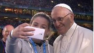 The Pope agreed to pose for a selfie during his visit to Ireland  Francis 'compares cover-up to human excrement' during meeting with abuse survivors skynews pope francis ireland 4401354