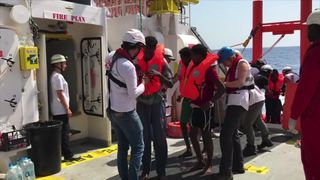 Spain has received the highest number of refugees and migrants attempting to reach Europe by sea this year   'Memory of tragic Alan Kurdi death is fading' skynews spain europe migration 4398061