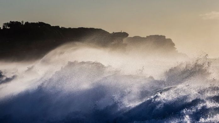 The Bureau of Meteorology has issued a surf warning, impacting Bronte Beach  Dramatic rescue of drowning woman captured on camera skynews australia bronte beach 4406303