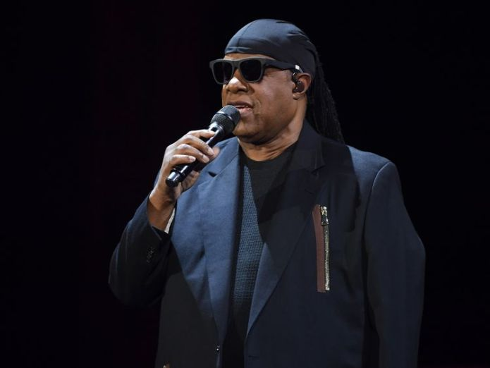 Steve Wonder among stars performing  Aretha Franklin 'honoured like a Queen' as she lies in state skynews aretha franklin funeral 4399766