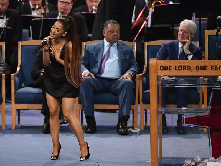 Ariana Grande sang Natural Woman as a musical tribute to Aretha Franklin