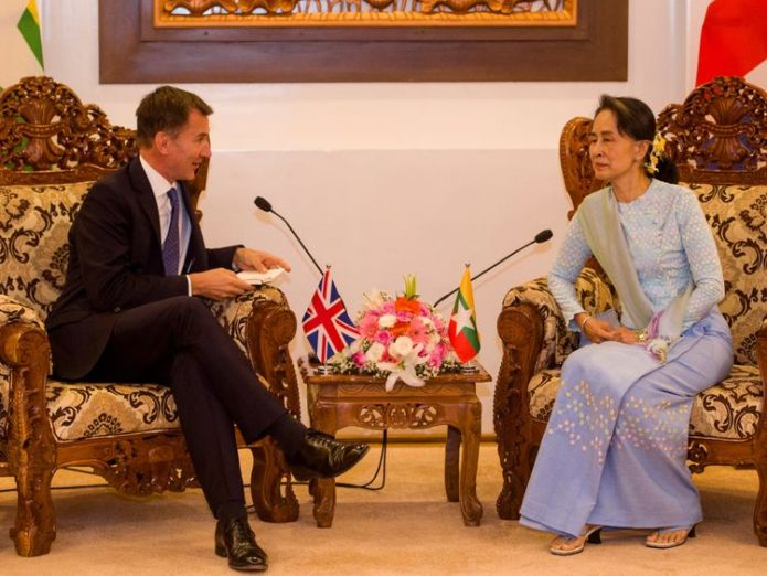 """Mr Hunt had a """"lively and frank"""" discussion with Ms Suu Kyi  Jeremy Hunt warns Myanmar's Suu Kyi 'no hiding place' for Rohingyas' attackers skynews aung san suu kyi jeremy hunt 4428020"""