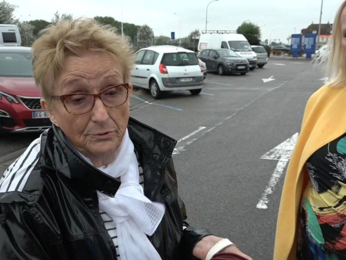 Ouistreham  Migrants' desperate dash to catch lorries to the UK skynews ouistreham stone migrants 4413423