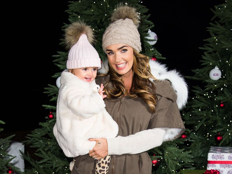 LONDON, ENGLAND - NOVEMBER 19: Tamara Ecclestone and her daughter Sophia Eccelstone-Rutland attends the opening of Hyde Park's Winter Wonderland at Hyde Park on November 19, 2015 in London, England. (Photo by Ian Gavan/Getty Images)