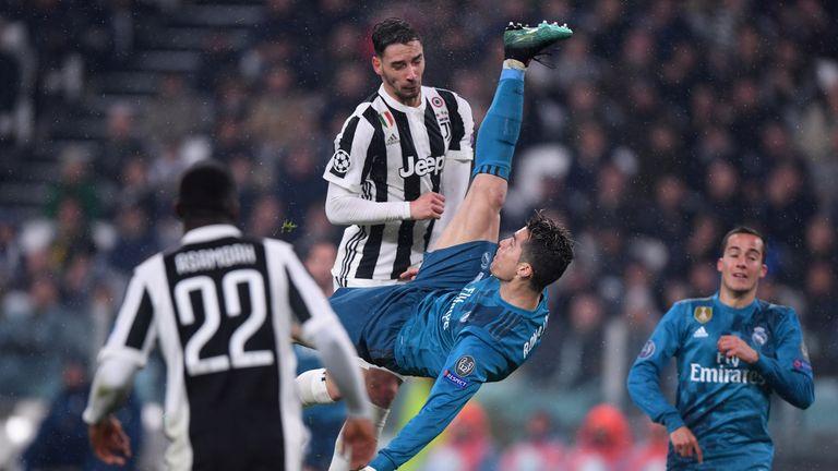 cristiano ronaldo kicks off