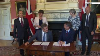 Ireland 'cannot accept' Brexit backstop time limit, Republic's deputy PM says 0894f54cb120c6ed978710f1f865c1c10a30134e62d7d6fa252a0bd79ad3bce6 4449386