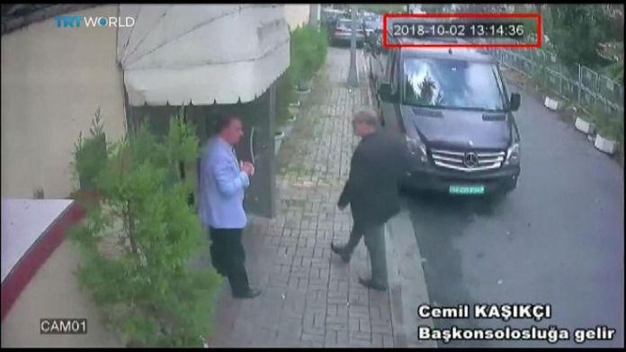Jamal Khashoggi enters the Saudi consulate in Istanbul  15-man Saudi 'hit squad' pictured on day journalist disappeared skynews jamal khashoggi saudi consulate 4448799