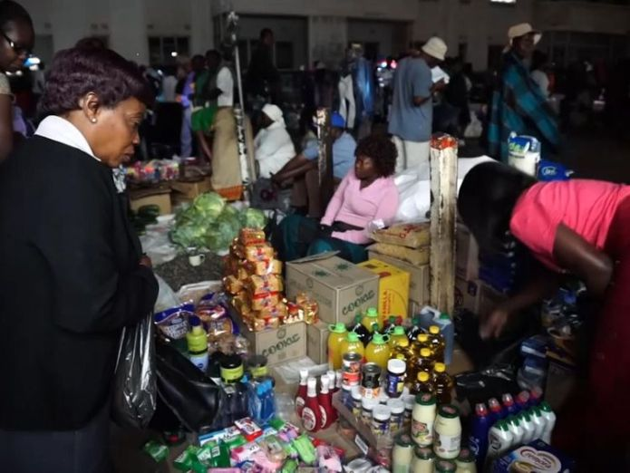 Some essentials are no longer available at local supermarkets  Zimbabwe's worst economic crisis in a decade: Street vendors sell contraband skynews zimbabwe vendors 4452661