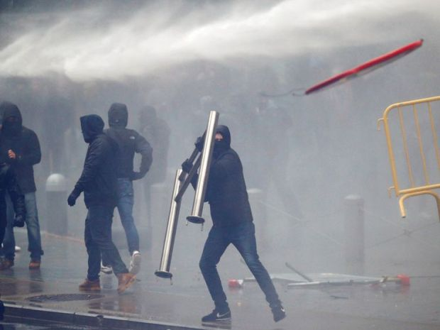 Protesters improvised weapons