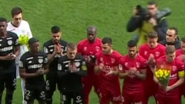 Nantes pay tribute to Emiliano Sala