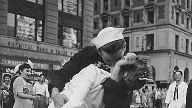The photo became synonymous in the US with the end of WWII