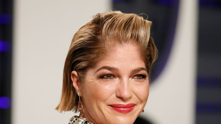 Selma Blair attends the Vanity Fair Oscars party 2019