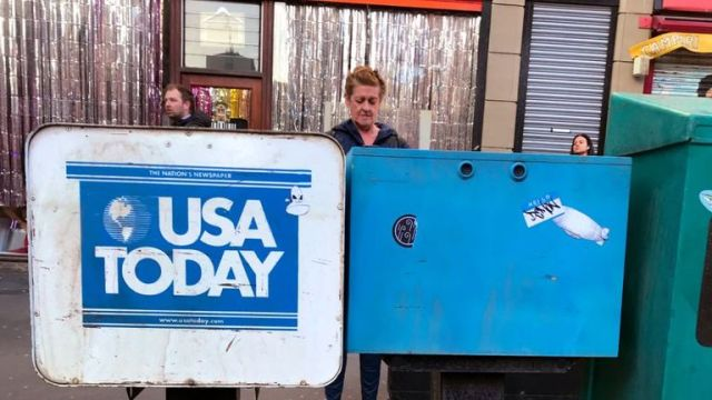 An advert for the USA Today network helped give the set an American feel. Pic: Twitter/Kalpesh