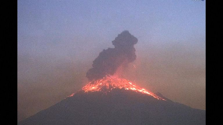 Flipboard Mexico On Alert After Popocatepetl Volcano