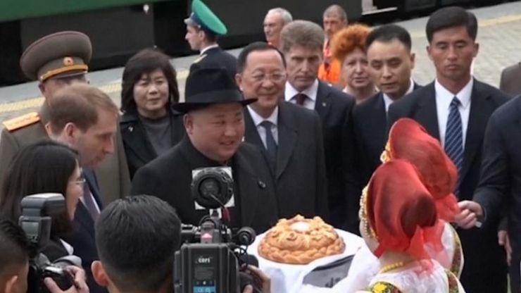 Kim Jong Un arrives in Russia