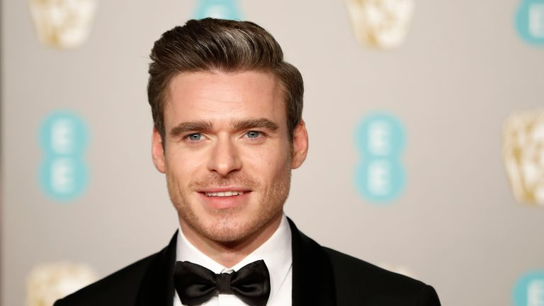 Richard Madden has criticised the pressure male actors are put under to lose weight