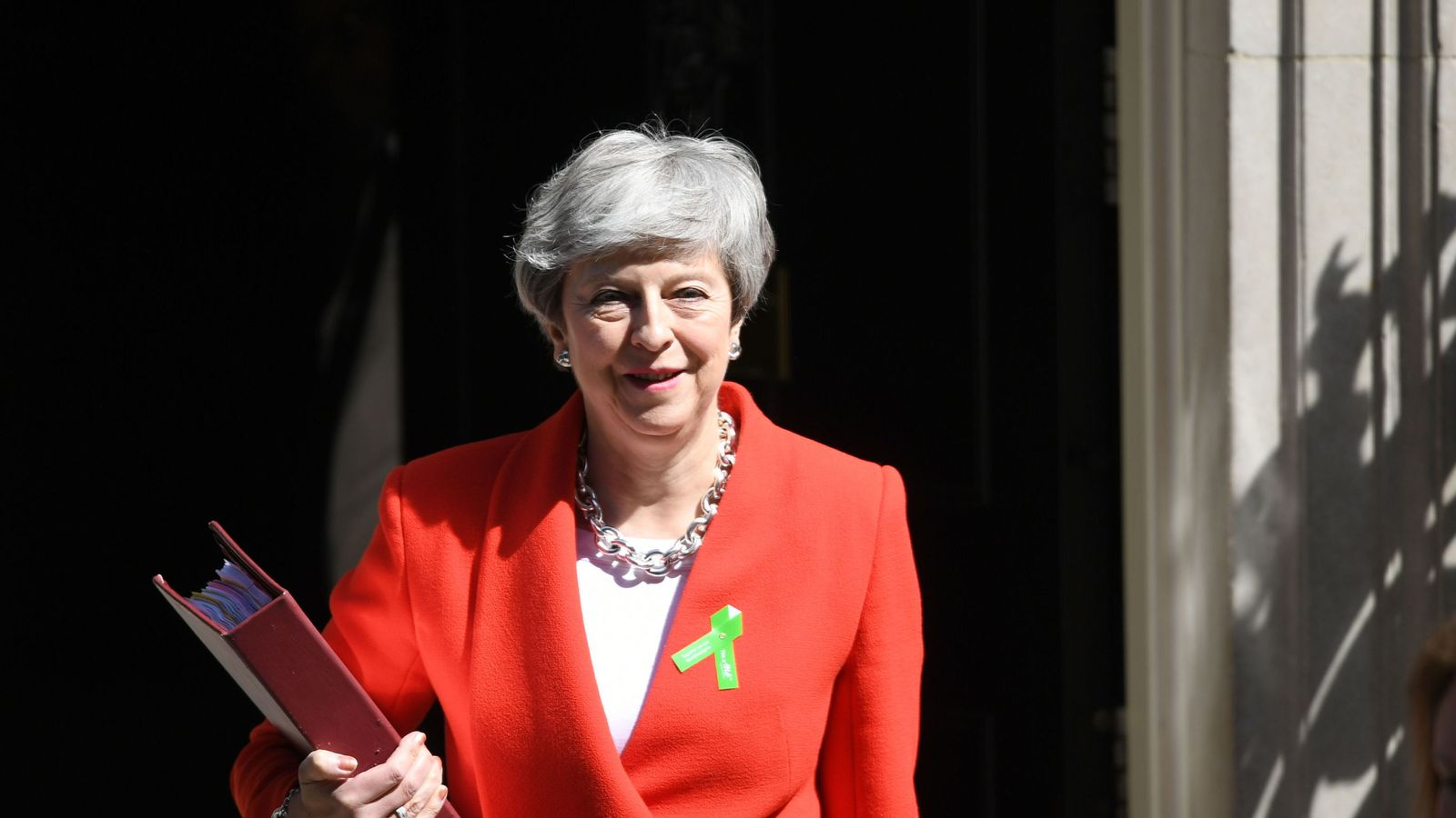 skynews-theresa-may-leaves-10-downing-street_4669519 May to reveal departure date after final Brexit vote