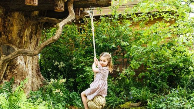 Princess Charlotte tests out the rope swing