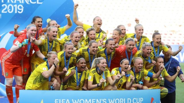 Sweden's players celebrate during the victory ceremony held at the end of the France 2019 Women's World Cup third place final football match between England and Sweden, on July 6, 2019, at Nice stadium in Nice south-eastern France. (Photo by Valery HACHE / AFP) (Photo credit should read VALERY HACHE/AFP/Getty Images)