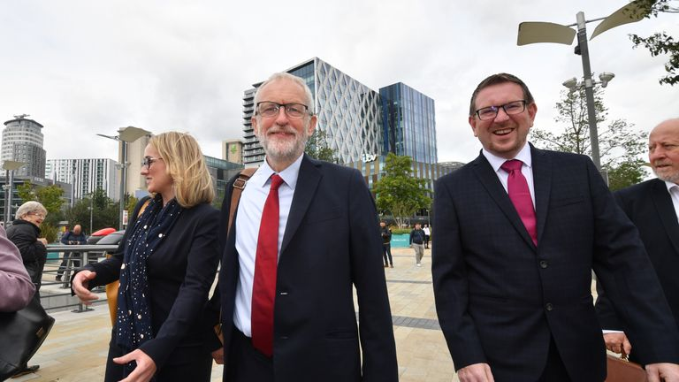 SALFORD, ENGLAND - SEPTEMBER 02: Labour Party leader Jeremy Corbyn walks with members of his shadow cabinet (from left) Shadow Business Secretary Rebecca Long Bailey, Shadow Communities Secretary, Andrew Gwynne and Shadow Minister for the Cabinet Office. John Trickett to hold a meeting in Salfordahead of a shadow cabinet meeting on September 02, 2019 in Salford, England. The Labour leader is due to make a major speech in which he will speak about the battle to stop a No Deal Brexit. The weekend saw demonstrations all over the country against Boris Johnson's move to suspend parliament. (Photo by Anthony Devlin/Getty Images)