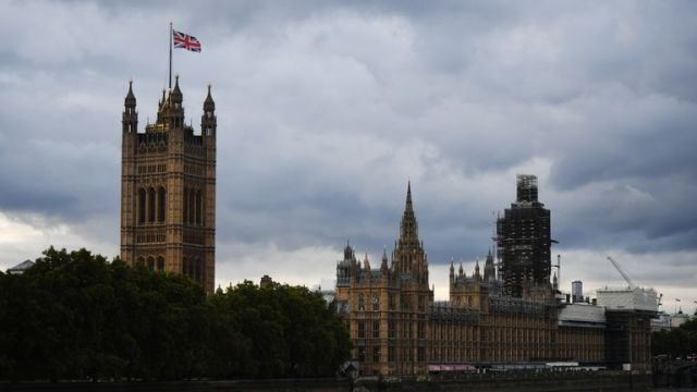 LONDON, ENGLAND - SEPTEMBER 25: A view across the River Thames to the Houses of Parliament on September 25, 2019 in London, England. Yesterday the Supreme Court ruled that the Government's prorogation of Parliament was unlawful. Parliament re-convened this morning at 11.30am cutting short both the Labour Conference and the Prime Minister's trip to the United Nations General Assembly. (Photo by Chris J Ratcliffe/Getty Images)