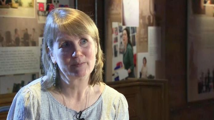 Jacqui O & # 39; Hanlon talks to Sky News about the demonstrators