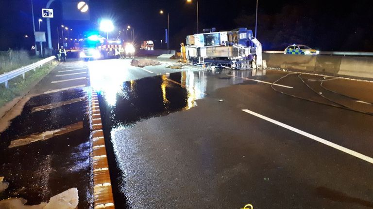 Diesel has leaked onto the motorway. Pic: @EP_RPU_South