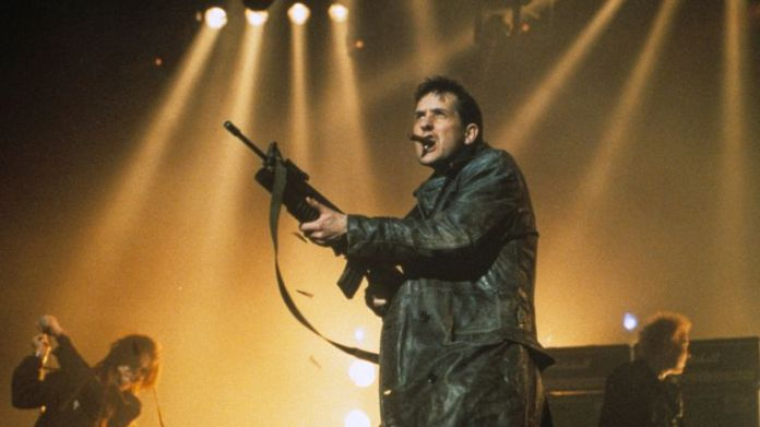 Bill Drummond performing with KLF and Extreme Noise Terror in 1992. Photo: Richard Young / Shutterstock