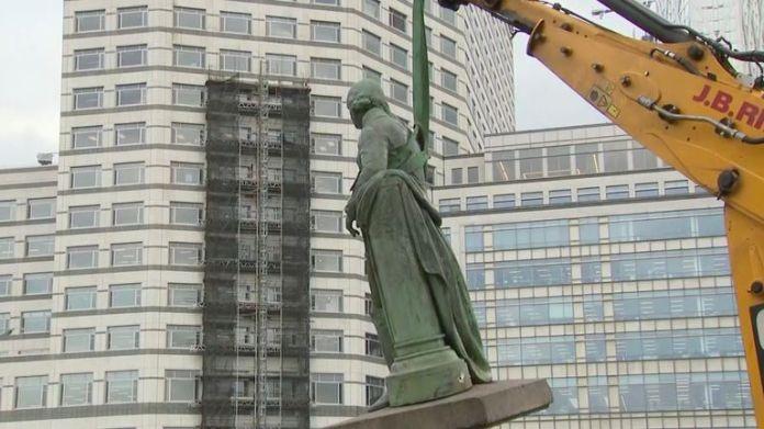 statue enlevée à Londres