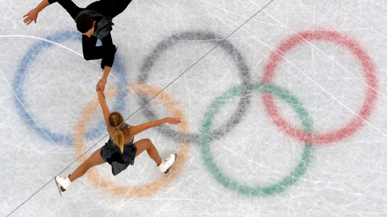 Figure Skating – Pyeongchang 2018 Winter Olympics – Pair Skating short program competition – Gangneung Ice Arena - Gangneung, South Korea – February 14, 2018 - Ekaterina Alexandrovskaya and Harley Windsor of Australia in action. REUTERS/Damir Sagolj