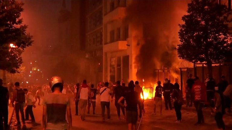 Fire breaks out as protesters clash with police in Beirut