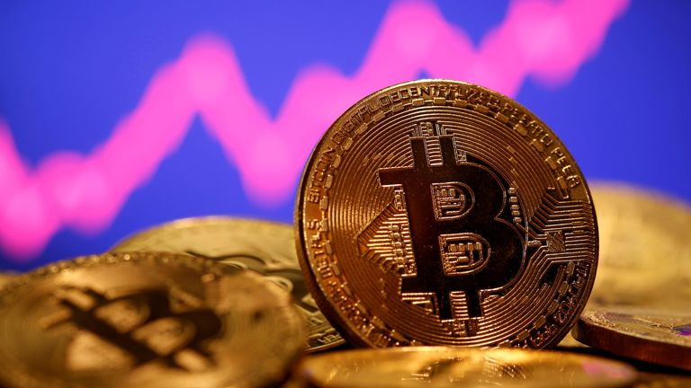 Bank of England Governor Andrew Bailey has warned that people who buy Bitcoin should be prepared to lose all of their money
