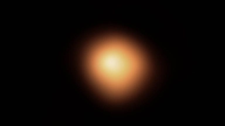 Betelgeuse before it started to lose its shine in the